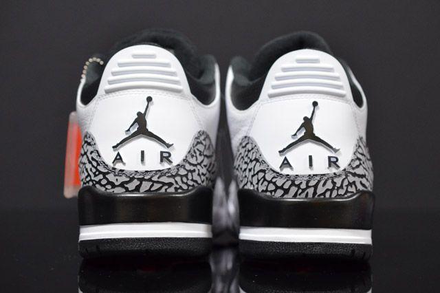 Air Jordan 3 Infrared Heel