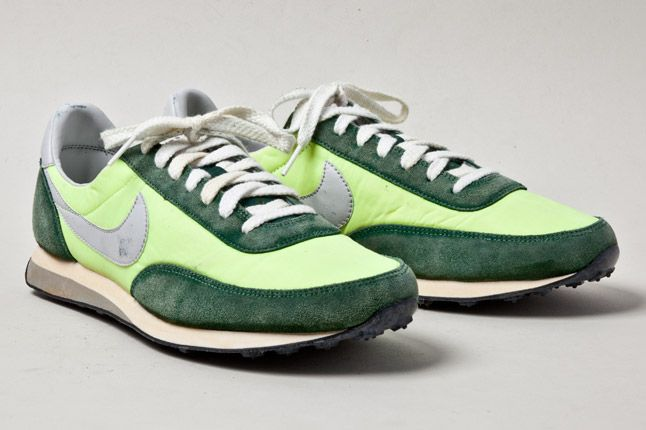 Nike Elite Vintage Fluro Green Pair 1