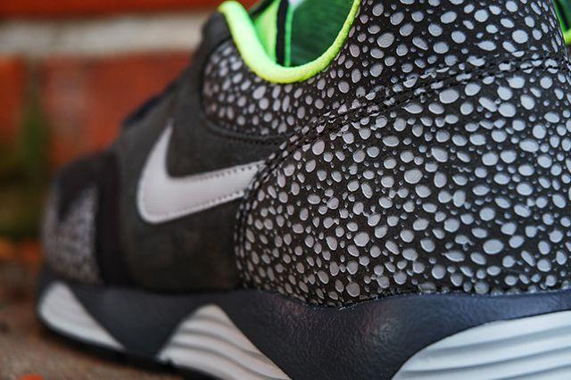 Nike Lunar Terra Safari Black Volt 4