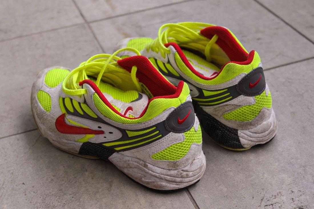 Nike Air Ghost Racer Dirty