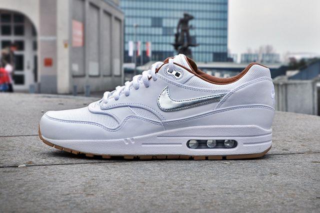 Nike Air Max 1 Fb Woven Silver Gum 4