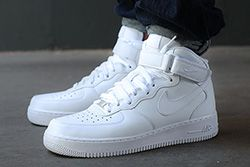 Nike Air Force 1 07 Thumb