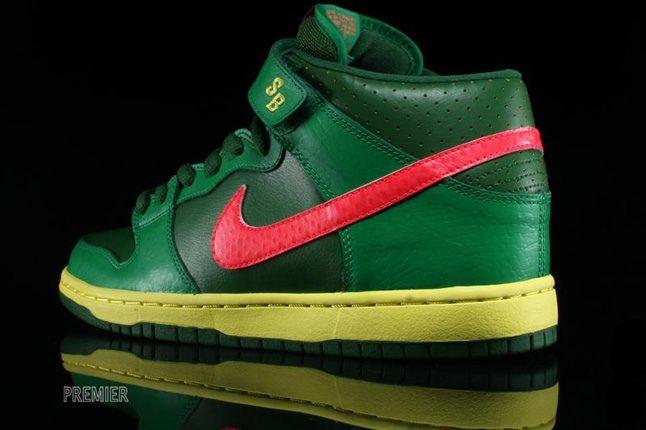 Nikesb Dunk Mid Pro Luck Green 5