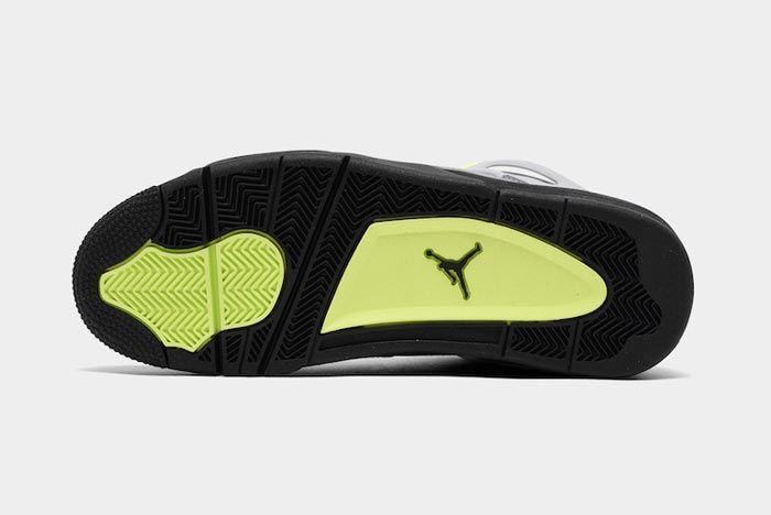 Air Jordan4 Neon Outsole