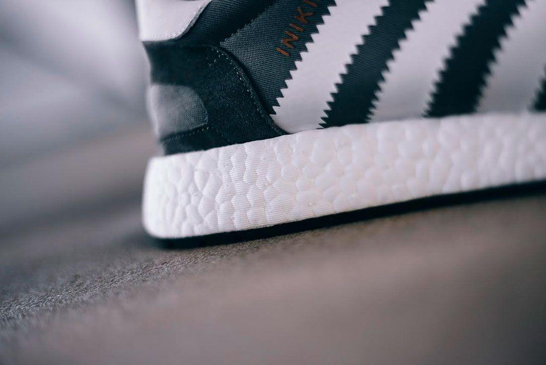 Adidas Iniki Runner Boost 4