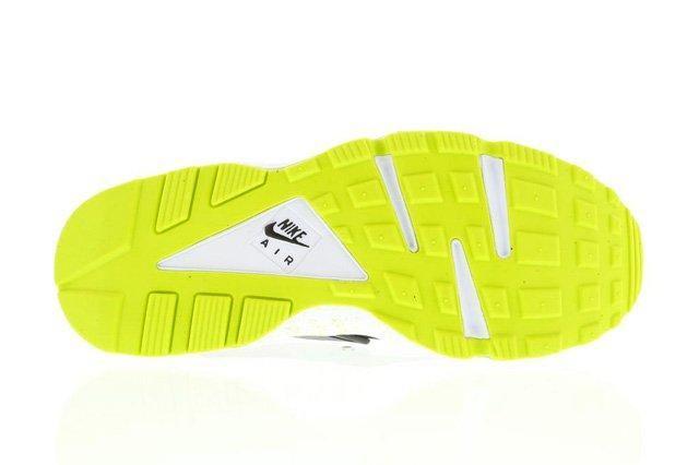 Nike Air Huarache Venom Green 3