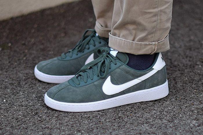 Nike Bruin Suede Grey Foot