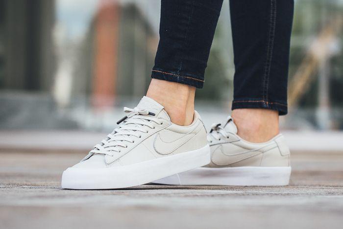 nike blazer low white on feet
