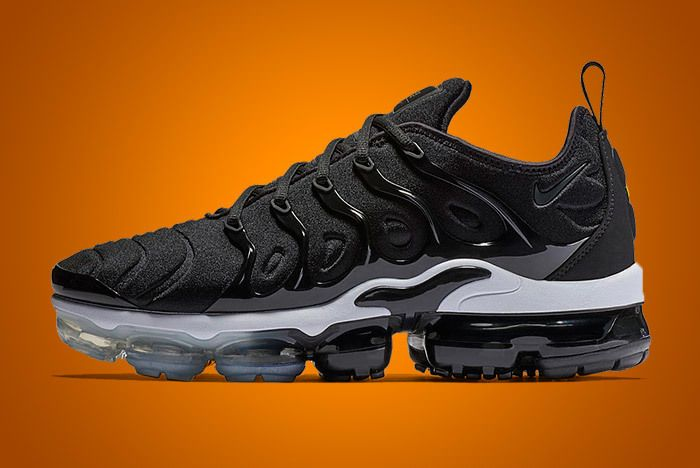 Nike Air Vapormax Plus Black 1
