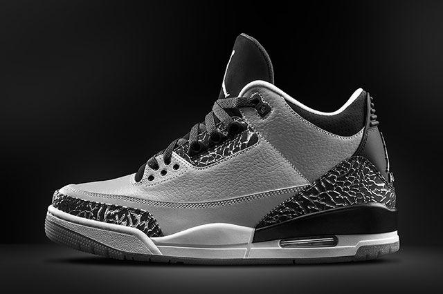 Jordan 3 Wolf Grey Sideview