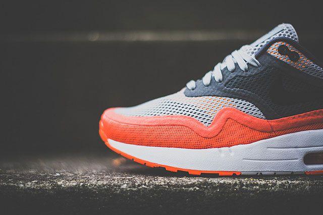 Nike Air Max 1 Breathe Team Orange Closeup2