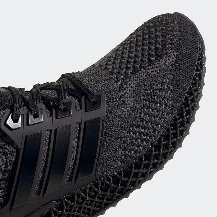 adidas Ultra4D Core Black/Carbon