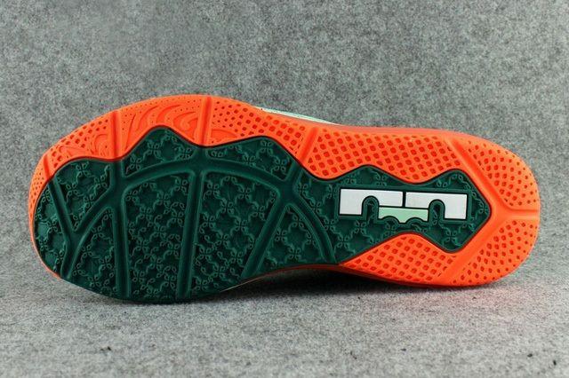 Nike Lebron 11 Low 12