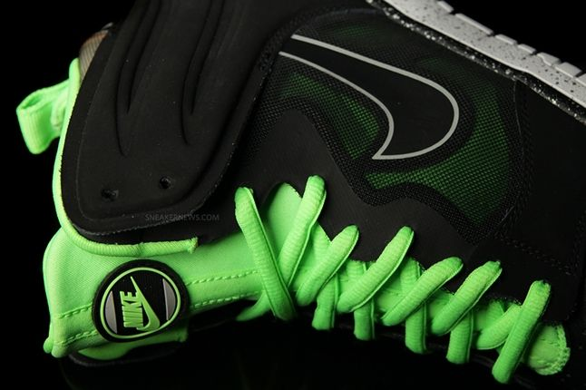 Nike Dunk High Free Black Green Midfoot Detail 1