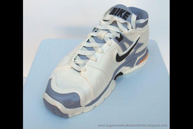 Sneaker Freaker Sneaker Cakes Nike Trainer 1