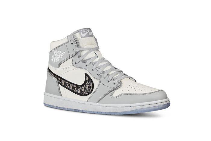 Dior Air Jordan 1 Air Dior Official Nike Images Front Angle