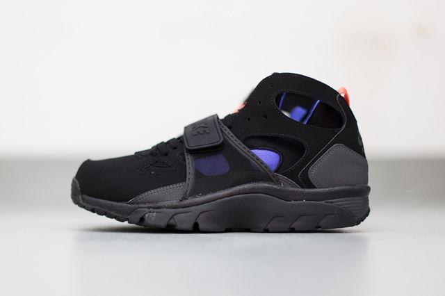 Nike Huarache Trainer Black Persian Violet 2