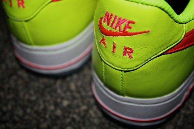 Air Force 1 Sneakerbox Clyde High Vis 3 1