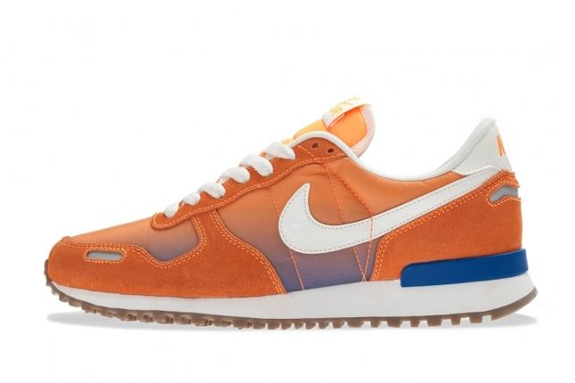 Nike Wmns Air Vortex Vntg Orange Profile 1