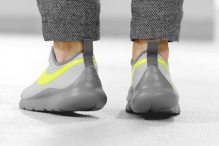 Nike Aptare Essential Wolf Grey Volt 3