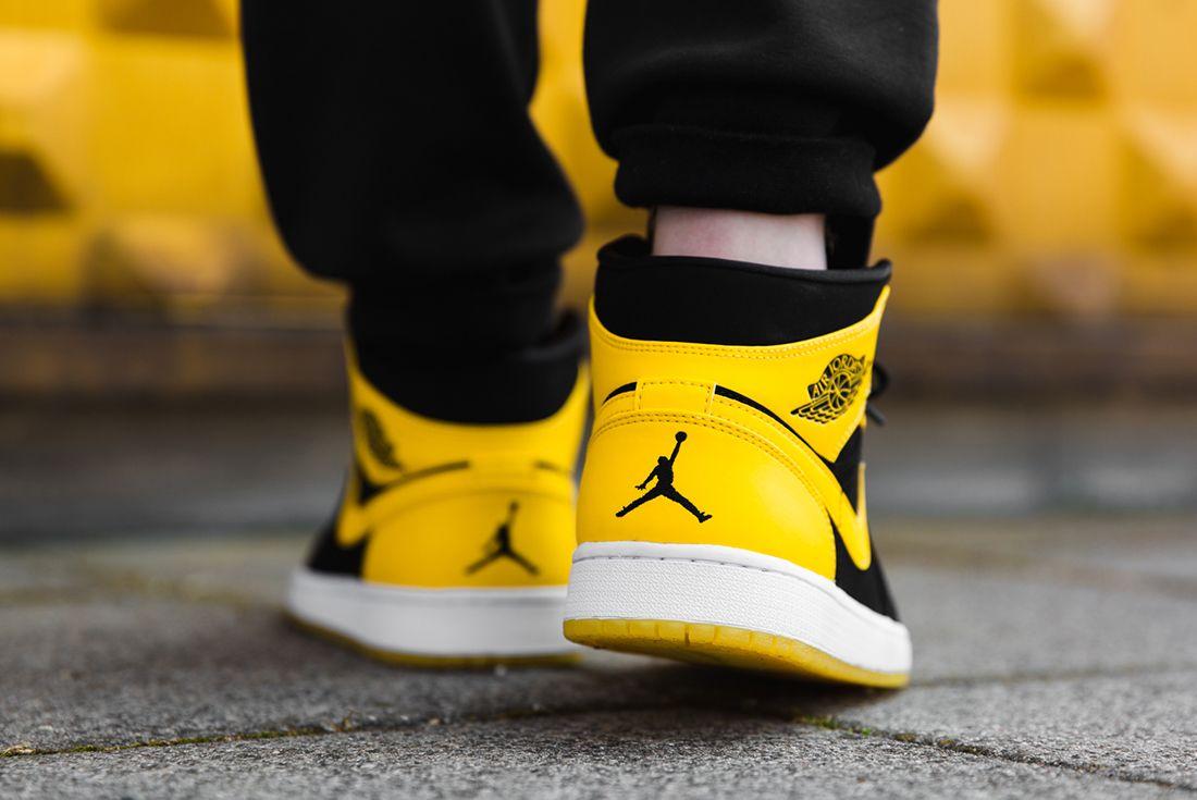 Air Jordan 1 Mid New Love3