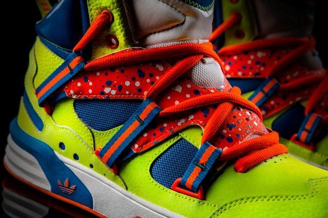 Adidas Og Roundhouse Instinct Volt Midfoot Detail