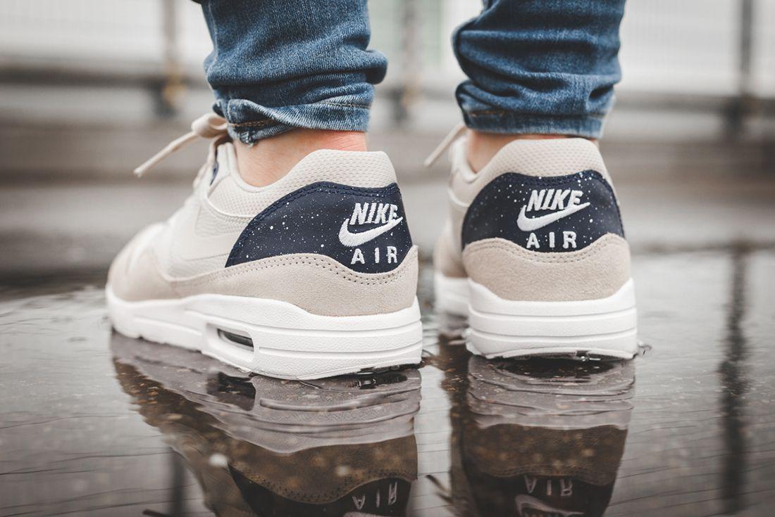 Nike Air Max 1 Wmns Oatmeal 3