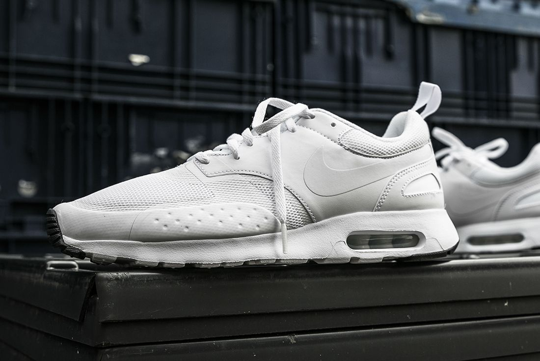 Nike Air Max Vision Triple White 1