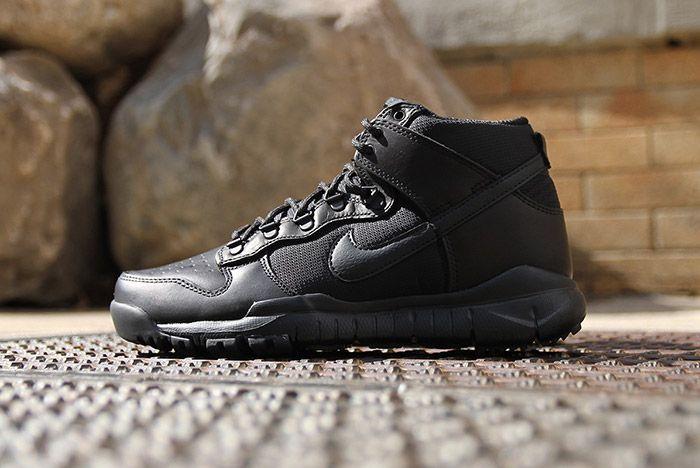 Nike Sb Dunk Hi Boot Black 3