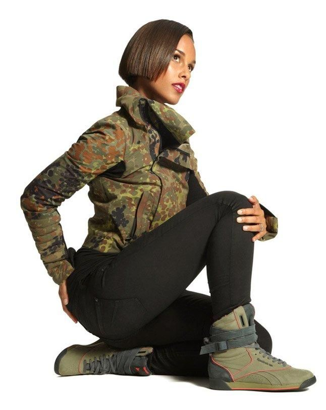 Alicia Keys Wearing The Double Bubble Cargo 1