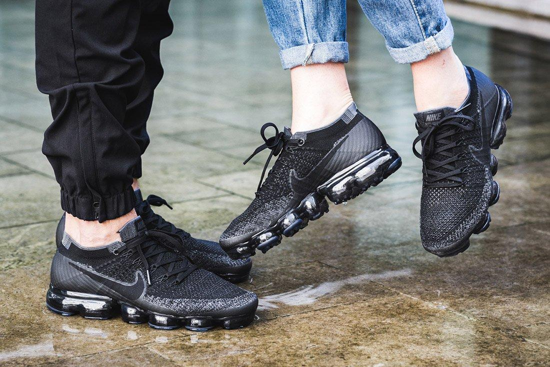 Nike Air Vapormax Black Anthracite On Feet 4