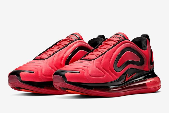 Air Max 720 University Red Front Angle 1