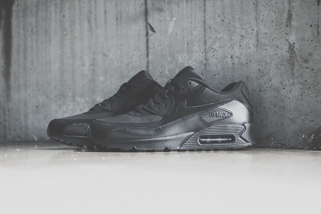 Nike Air Max 90 Triple Black 5