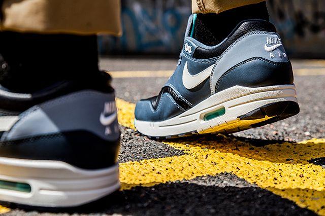 Nike Air Max 1 Ivory Dark Grey