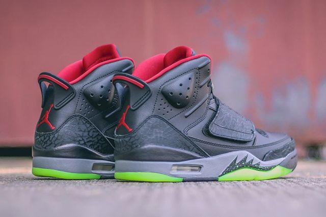 Air Jordan Son Of Mars Gym Red3