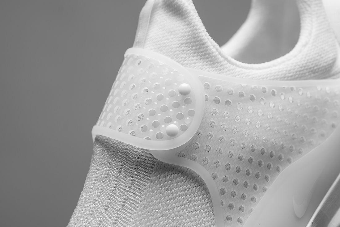 Nike Sock Dart Triple White 4