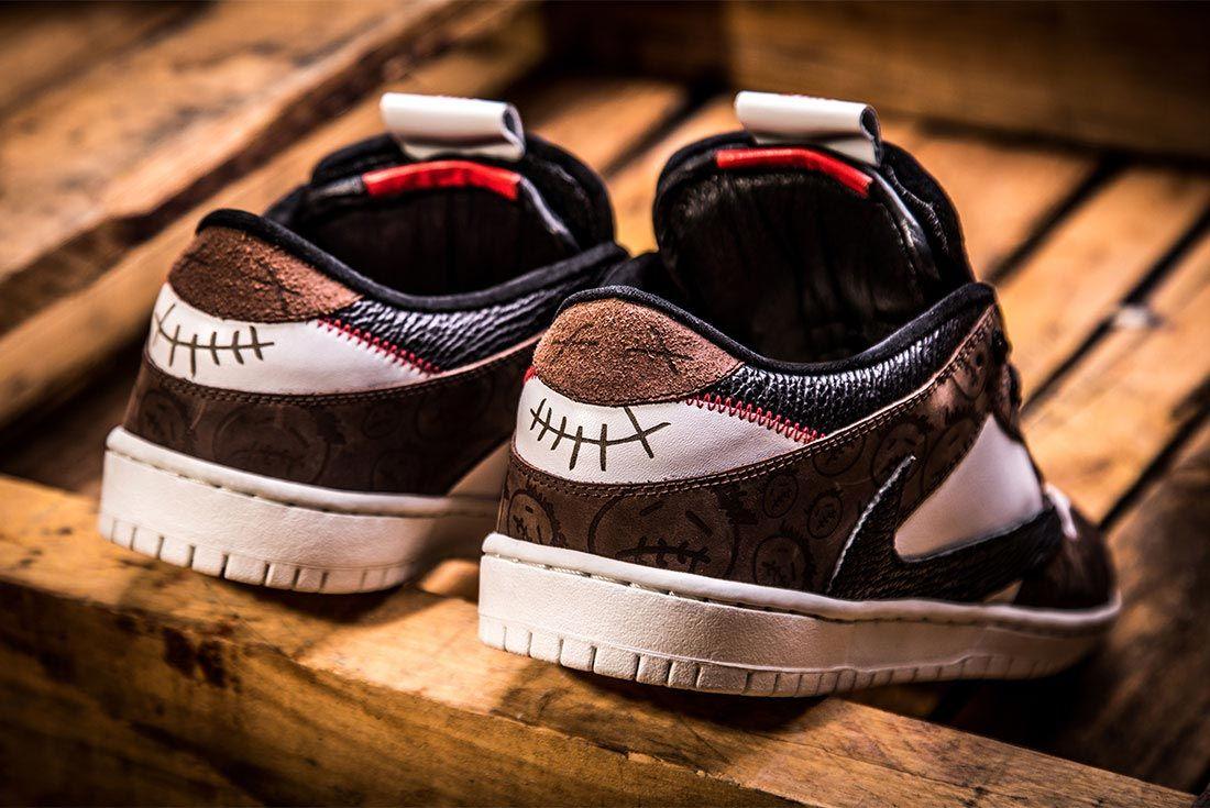 Air Jordan 1 Travis Scott Bespoke Close Up Heel Shot