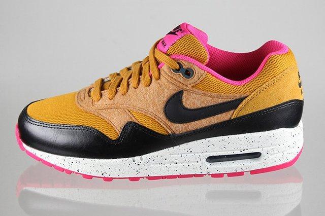 Nike Air Max 1 Golden Fleece 2