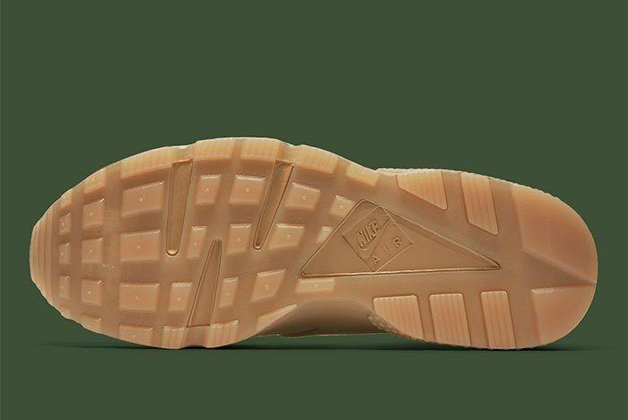 Nike Air Huarache Camo At6156 200 1
