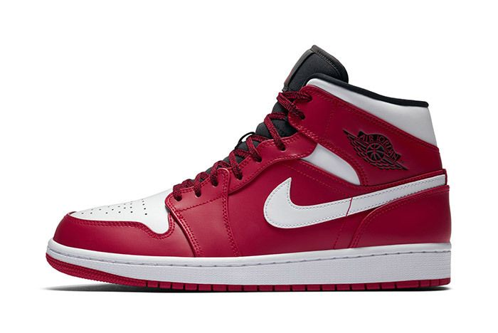 Air Jordan 1 Red Black White 2018 1
