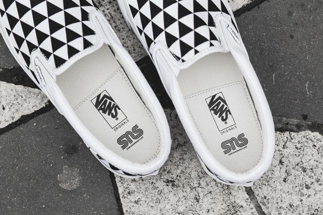 Sneakersnstuff X Vault By Vans Og Classic Slip On Lx Stockholm 6