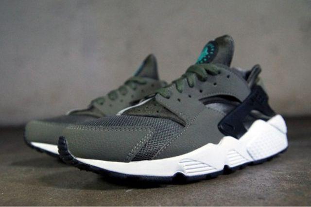 Nike Huarache Iron Green 31