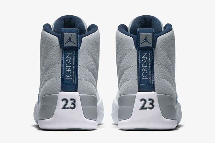 Air Jordan 12 Unc3