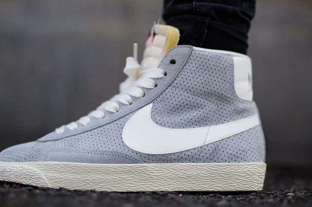 Nike Blazer Mid Vintage Wolf Grey Sail 1