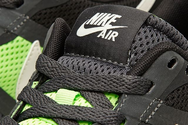 Nike Air Pegasus 83 30 Anthracite Flash Lime