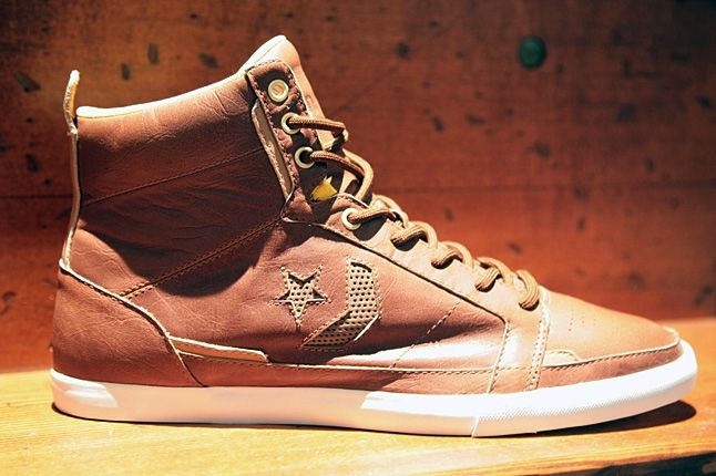 Wbf Day1 Converse Leather 1