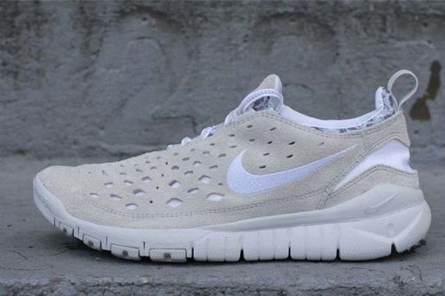 Nike Free Trail White Neutral Grey Side Profile 1
