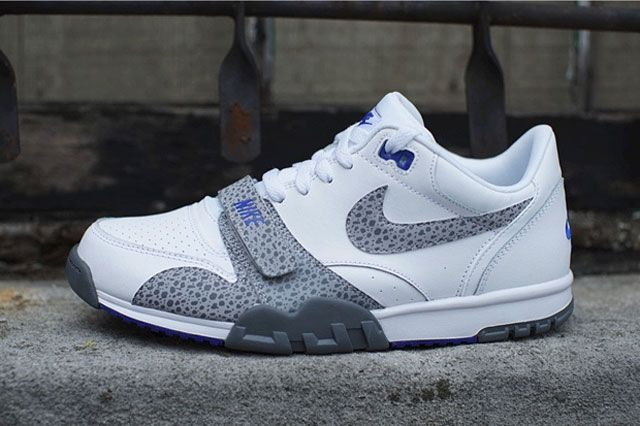 Nike Air Trainer 1 Low St Sideview