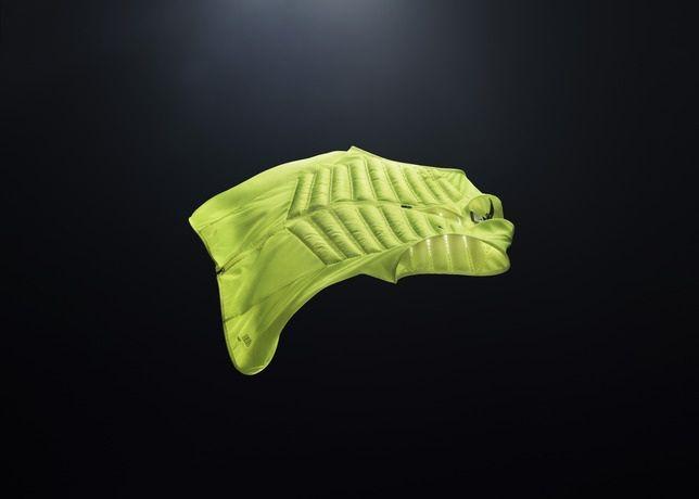 Nike Aeroloft 800 Vest Volt