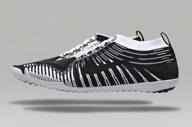 Nike Free Hyperfeel Black And White